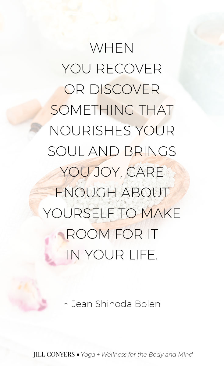SELF-CARE JOURNALING PROMPTS & INSPIRATION | Journaling prompts, topics and ideas to help express your thoughts, reach your goals, and to help create a deeper self awareness and a mindset of clarity. Click through to download the free journaling prompts and inspiration. #journaling #selfcare #wellness #journalingquote #selfcarequotes